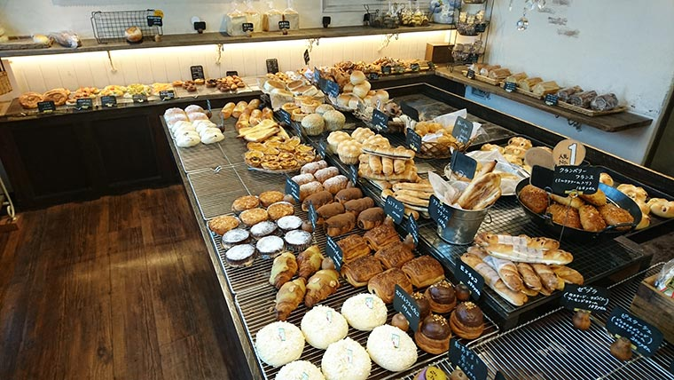 手作りパン屋のTERUO(テルオ) 店内