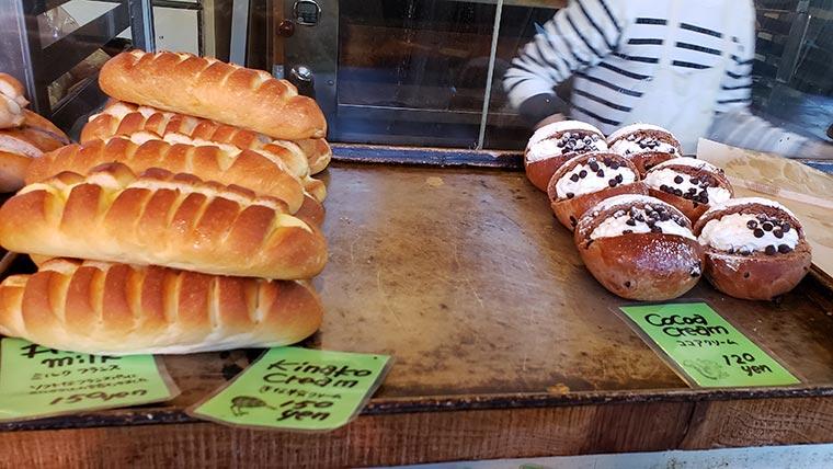 イーゲル 店内 パン
