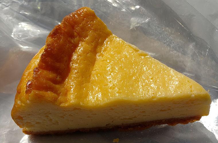 ベーカリーラボコンパン ベイクドチーズケーキ