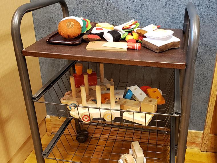 小さなパン屋 こむぎ 店内 おもちゃ