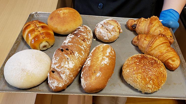 小さなパン屋 こむぎ パン