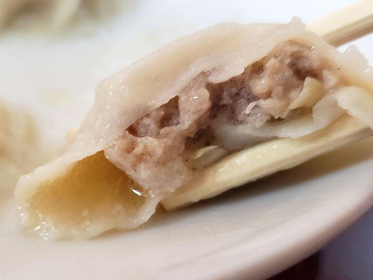 山東水餃大王 水餃子 肉汁