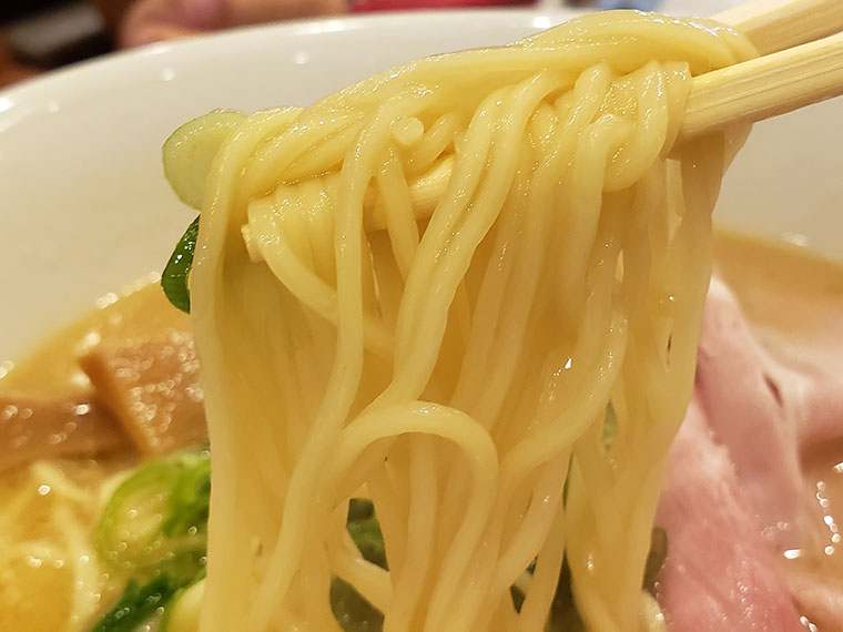麺屋たくみ 駅前店 たくみラーメン 麺