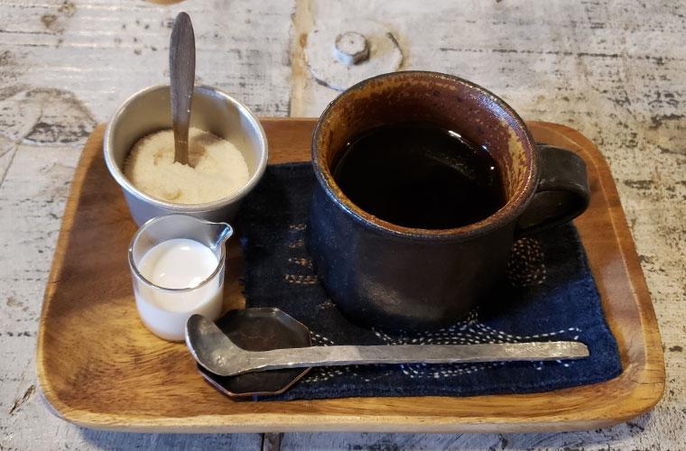 アカツキ カフェ ランチ コーヒー