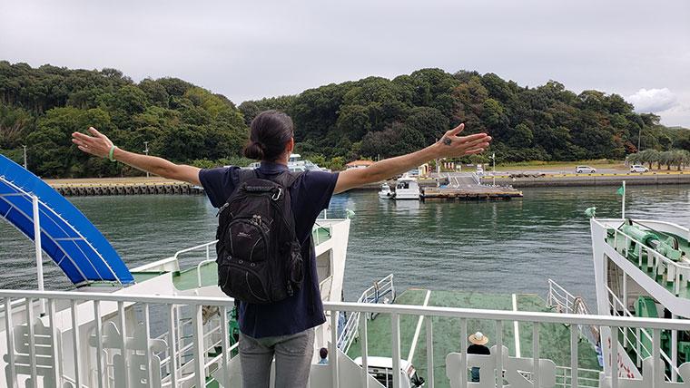 前島フェリーから見た前島