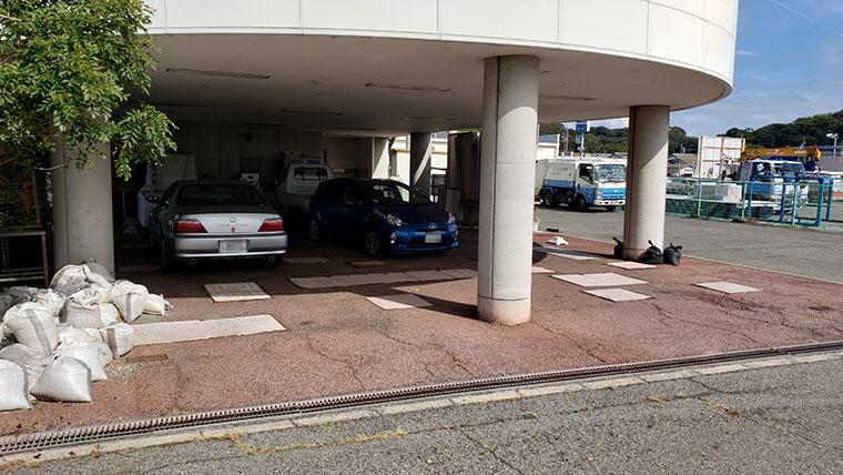 UOUO (ウオウオ)  駐車場