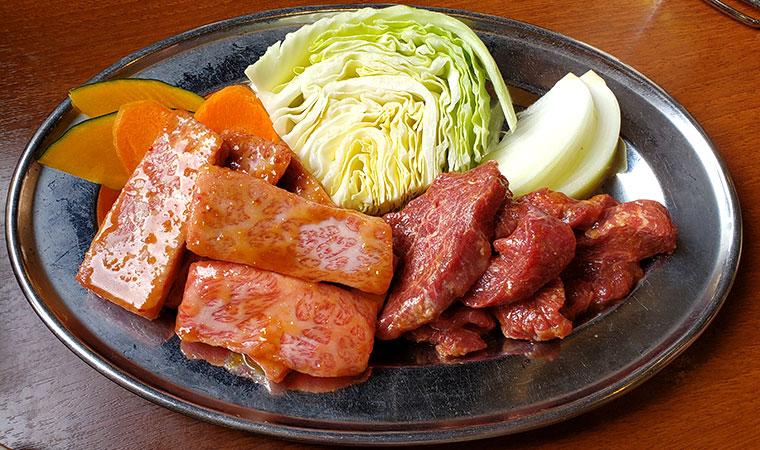 焼肉おふく 肉 付け合わせ野菜