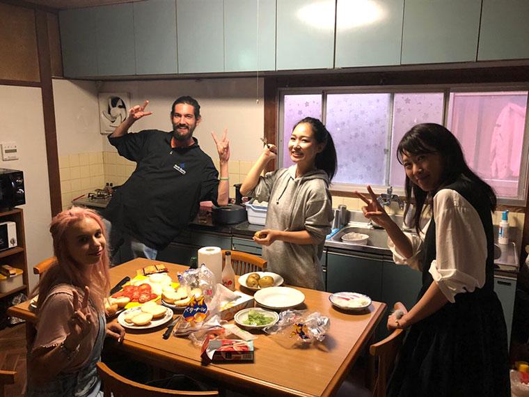 unihouse キッチン