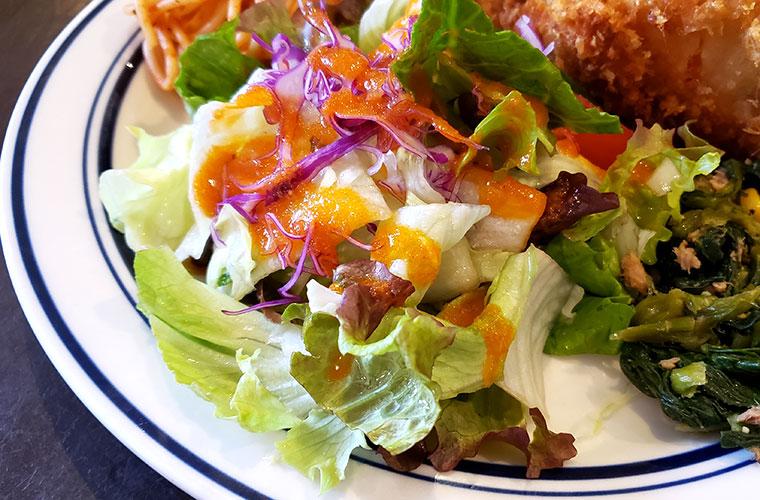 洋食ひなた サラダ